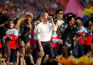 Chris Martin Loses Super Bowl Spotlight to Beyoncé & Bruno Mars. Photo via Twitter.